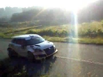 Un coche de rally