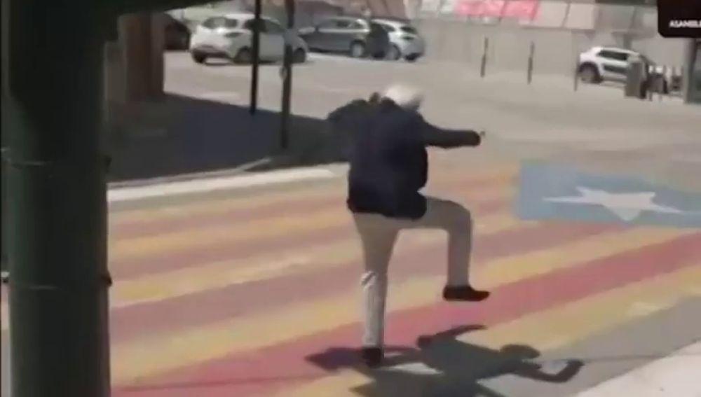 """El presidente de Tabarnia se enfrenta a """"la fiebre amarilla"""""""
