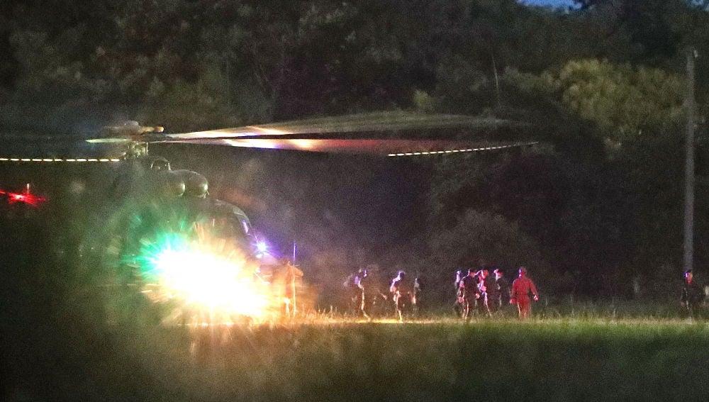 Un helicóptero ha transportado a varios de los niños al hospital