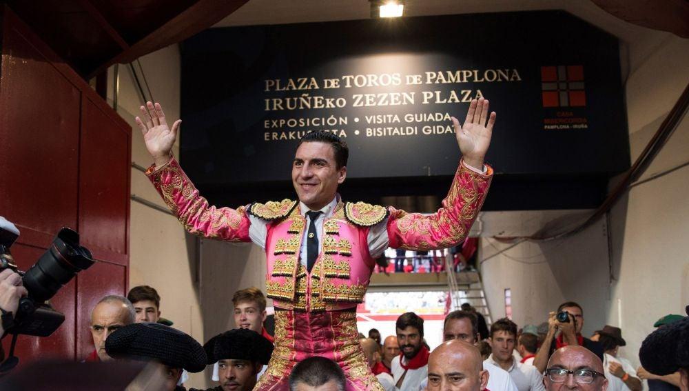Octavio Chacón abre la puerta grande de Pamplona