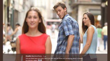 Copia el meme del novio distraido