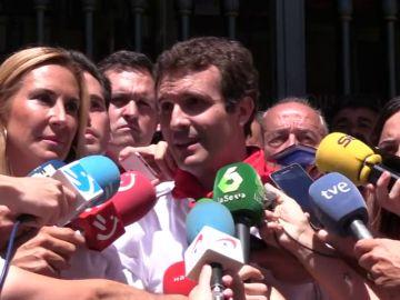 Un grupo de radicales abuchea a Pablo Casado en Pamplona