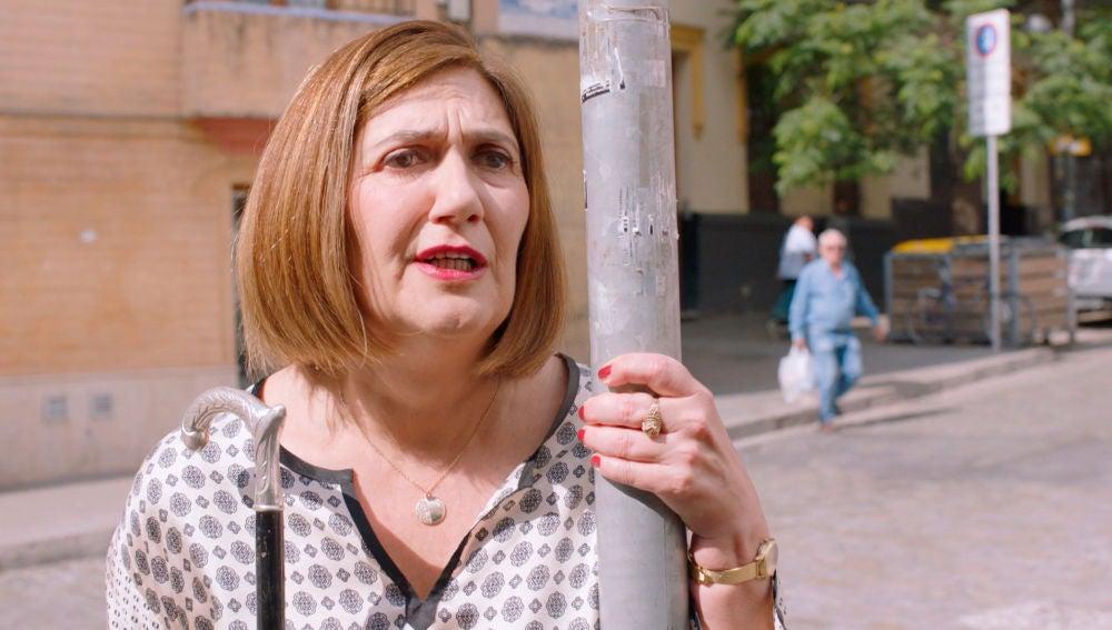 Maritxu descubre a Benito con otra mujer