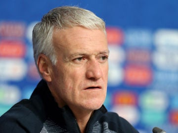 Deschamps en rueda de prensa