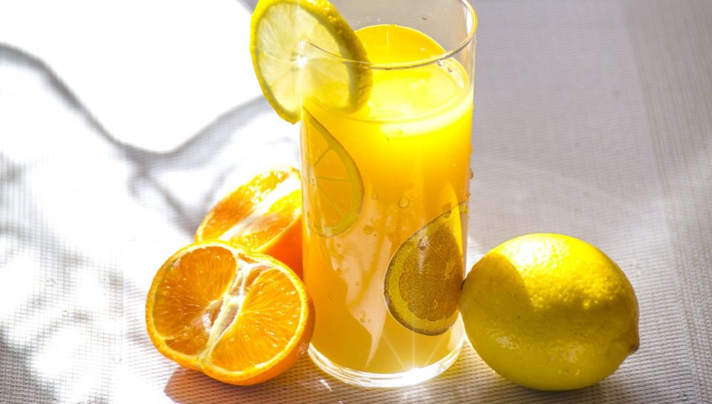 Lemonadas, aguas aromatizadas... bebidas saludables y bajas en calorías.