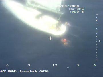 El Helimer de Salvamento Marítimo realiza un espectacular rescate en movimiento