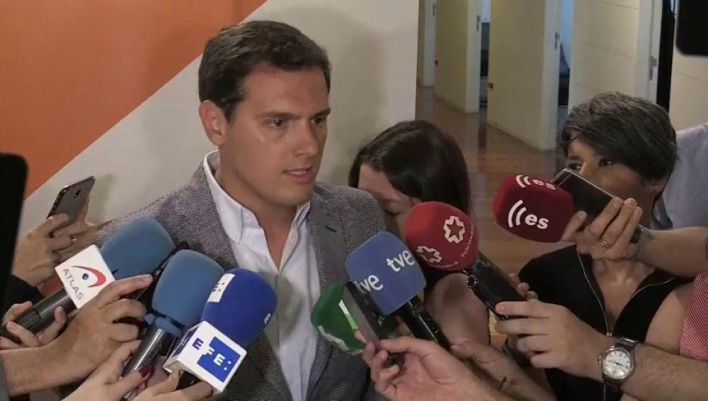 """Rivera califica de """"fracaso"""" la reunión entre Sánchez y Torra"""