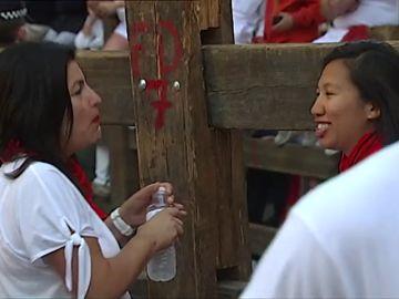 Cada vez más mujeres corren el encierro de San Fermín