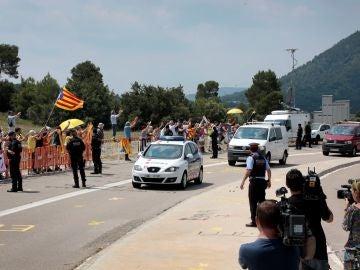 Los exconsellers de Presidència, Jordi Turull; Interior, Joaquim Forn; y Territorio, Josep Rull, en el momento de su ingreso