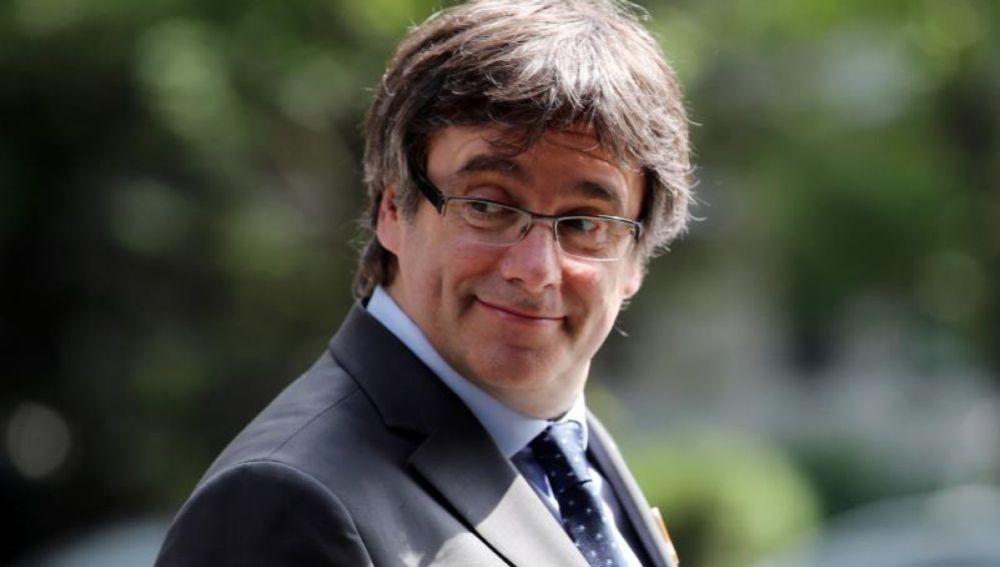 Noticias 1 Antena 3 (12-07-18) Alemania decide extraditar a Puigdemont solo por un presunto delito de malversación