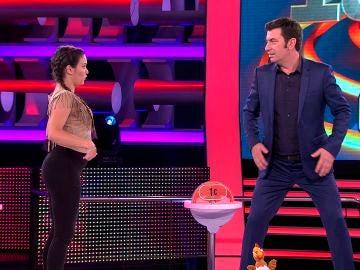 Arturo Valls aprende a bailar twerking en '¡Ahora Caigo!'