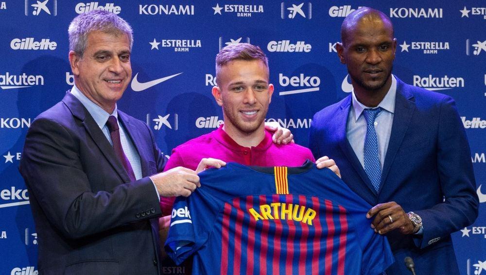 Arthur, en su presentación con el FC Barcelona