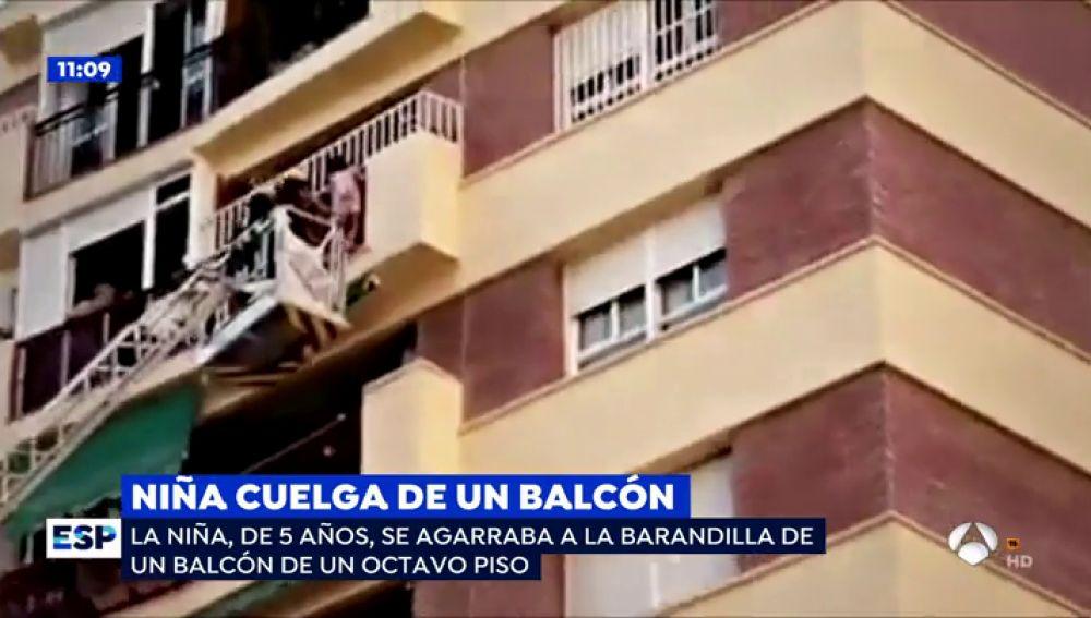 ep_niñabalcon