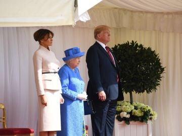 Donald Trump y la Reina Isabel II
