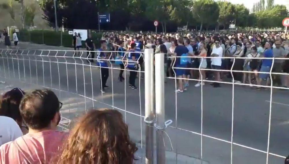 Protestas y quejas por las largas colas en el festival Mad Cool