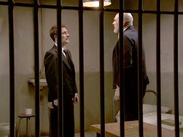 Durán acude a la cárcel para conocer la coartada de Rodrigo