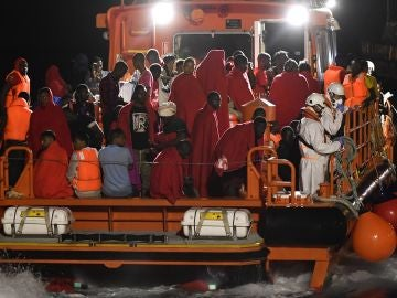 Rescatados 484 inmigrantes en el Estrecho y Alborán