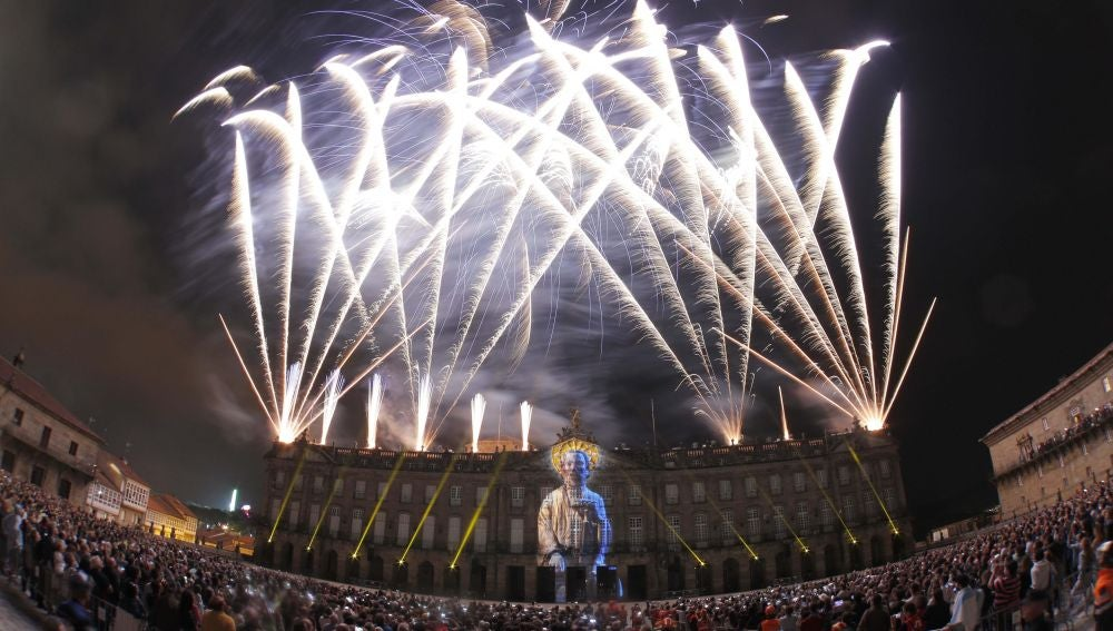 Fuegos artificiales en Santiago de Compostela