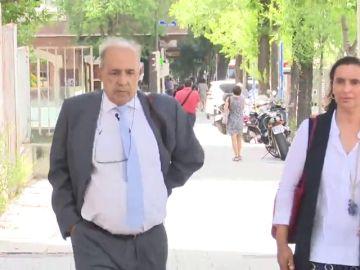 Álvarez Conde confirma ante la jueza que no tiene los trabajos del máster de Pablo Casado