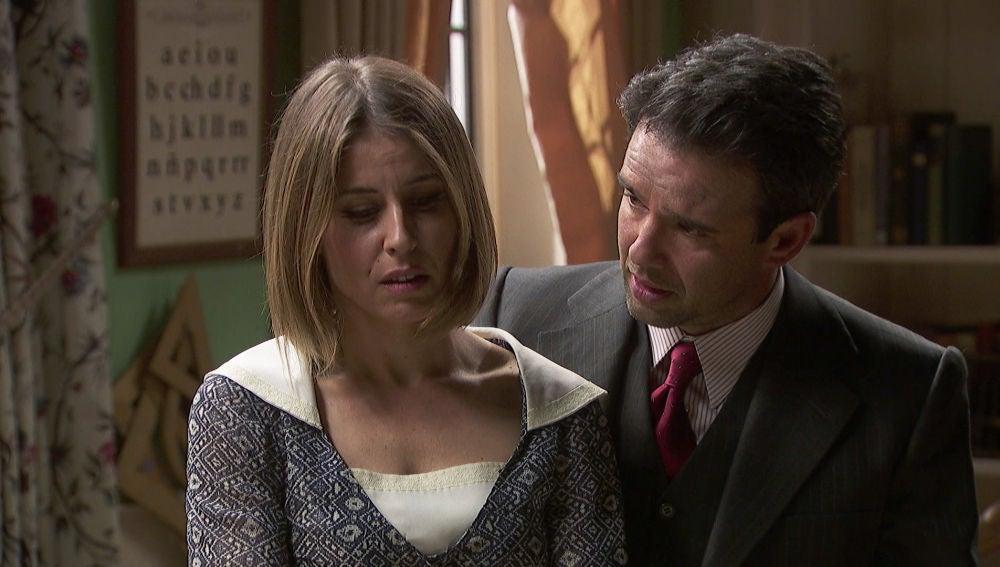 Adela tendrá un escolta para protegerla de los anónimos tras del accidente de Leticia