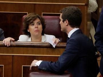 El presidente del PP, Pablo Casado, y la exvicepresidenta del Gobierno Soraya Saénz de Santamaría