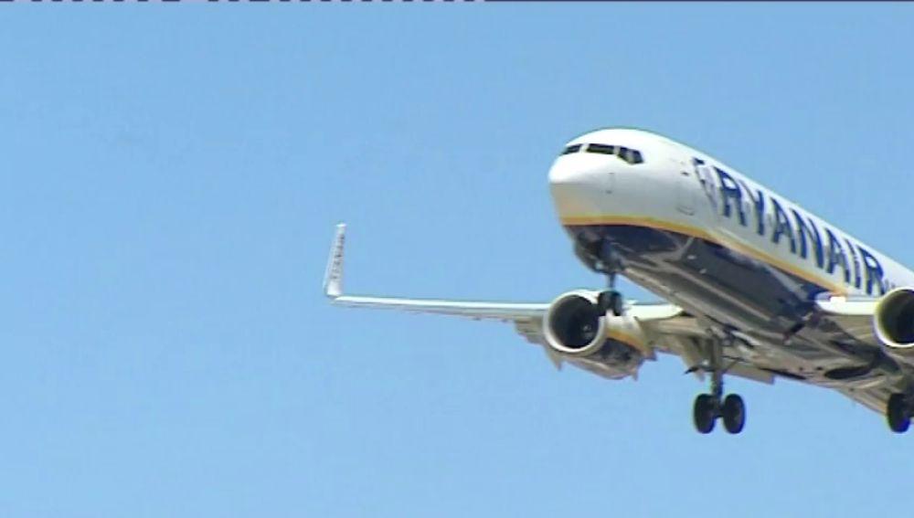 Ryanair lanza descuentos en los billetes de avión durante la huelga de sus trabajadores