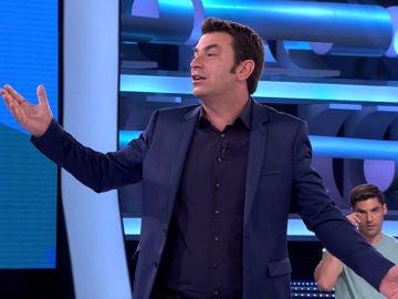 """Revive la """"bronca"""" entre Arturo Valls y una señora del público de '¡Ahora Caigo!'"""
