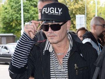 Johnny Depp en el aeropuerto