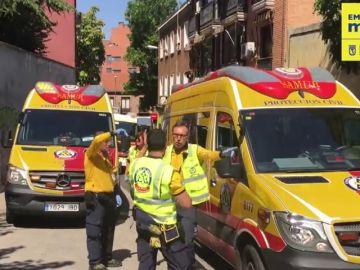 Una mujer está herida grave tras caer al vacío en Madrid