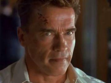 Arnold Schwarzenegger en 'Daño Colateral'