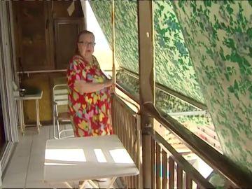 Una anciana pasa 17 días encerrada en su casa por una avería en el ascensor