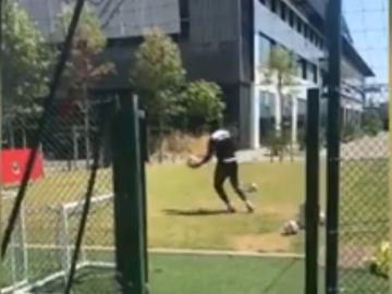 Balotelli reta a Marcelo