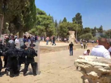Al menos cuatro heridos y 24 arrestados tras los incidentes en la Explanada de las Mezquitas
