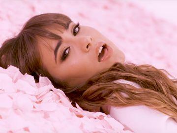 Aitana en el videoclip de 'Teléfono'