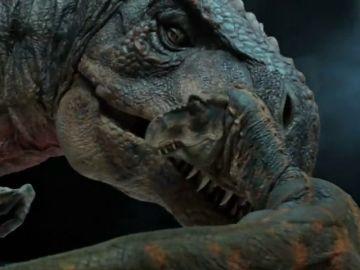 Una exposición en Reino Unido permite simular que el visitante camina entre dinosaurios
