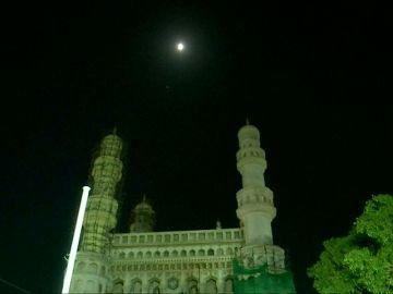 El eclipse de luna se deja ver en la India