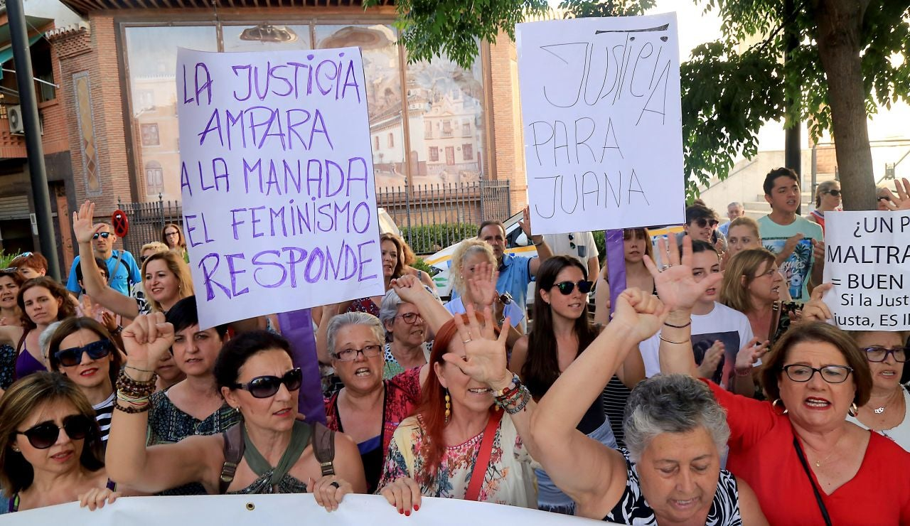 Manifestación de apoyo a Juana Rivas tras la sentencia
