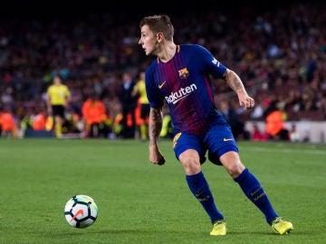 Digne en un partido con el Barcelona