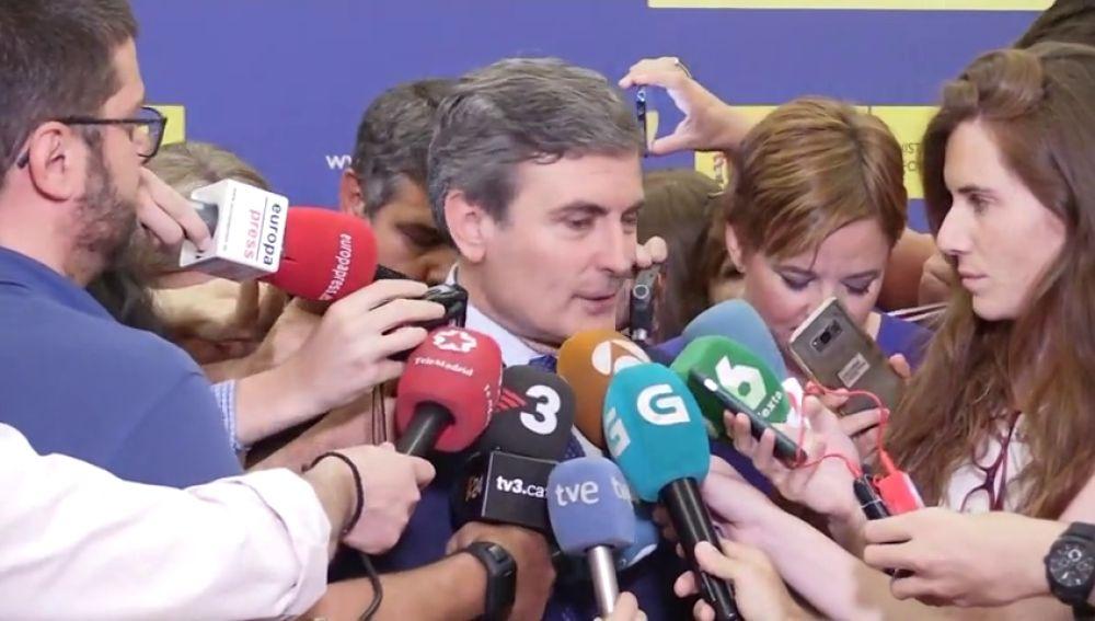 Fomento, abierto a que los ayuntamientos tengan competencia para articular las licencias urbanas de VTC