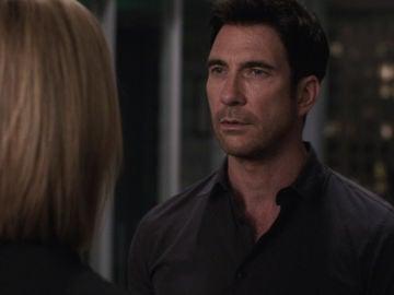"""El agente Jack Larsen, preocupado por el pasado de Beth Davis: """"Debió pasarle algo malo"""""""