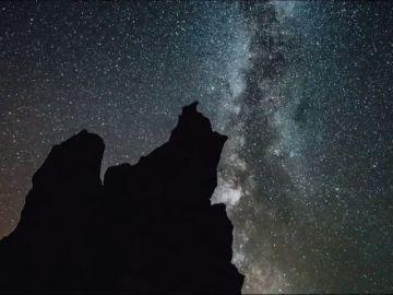 Todo lo que debes saber sobre la primera gran lluvia de estrellas del verano: cómo y cuándo ver las delta acuáridas