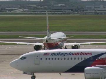 Malasia no descarta la participación de terceros en la desaparición del Boeing MH370 de Malaysia Airlines