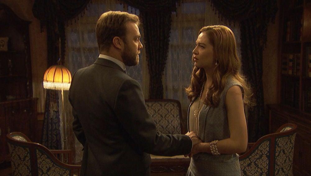 Julieta confiesa a Fernando sus verdaderas intencione