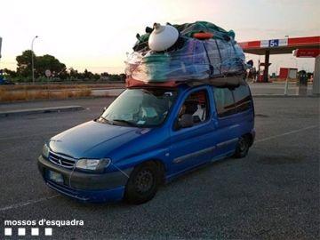 Coche con exceso de equipaje en Amposta