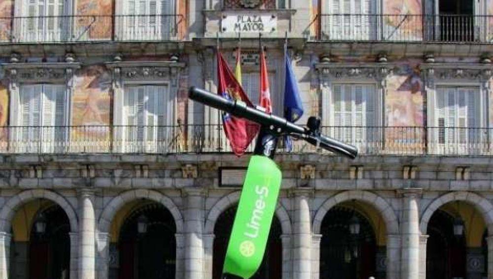 Patinete de la empresa Lime en Madrid