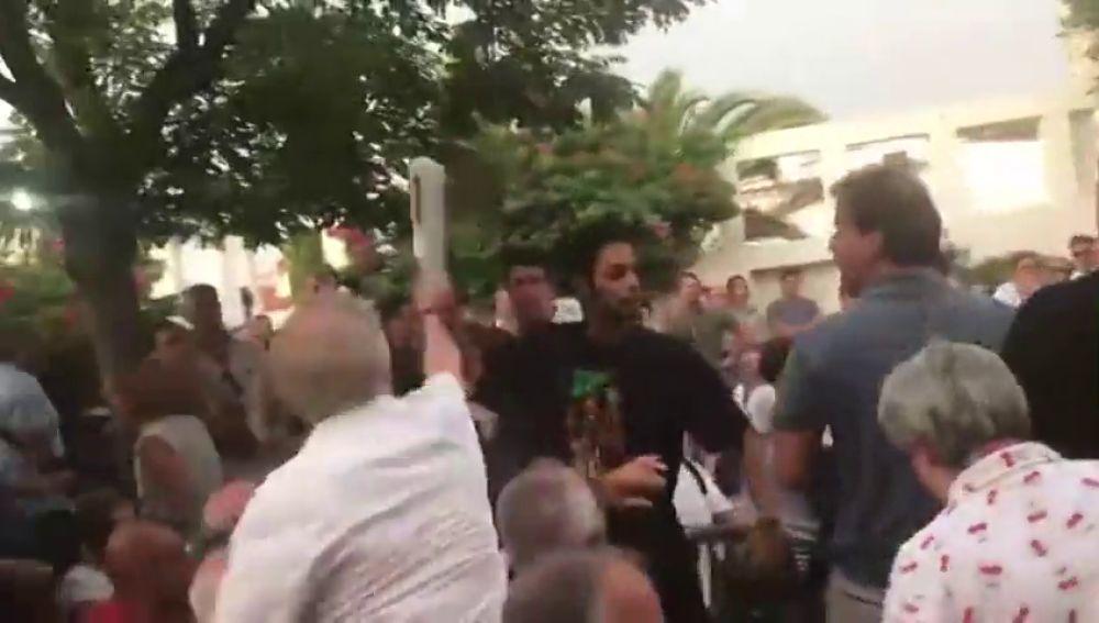 Alber Rivera es abucheado durante un acto por parte de los independentistas