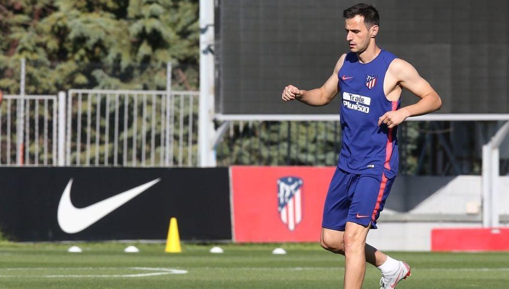 Nikola Kalinic en su primer entrenamiento con el Atlético de Madrid
