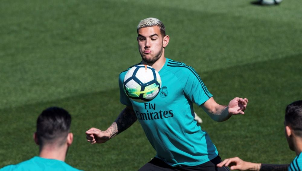 Theo Hernández, cedido a la Real Sociedad — Fichajes