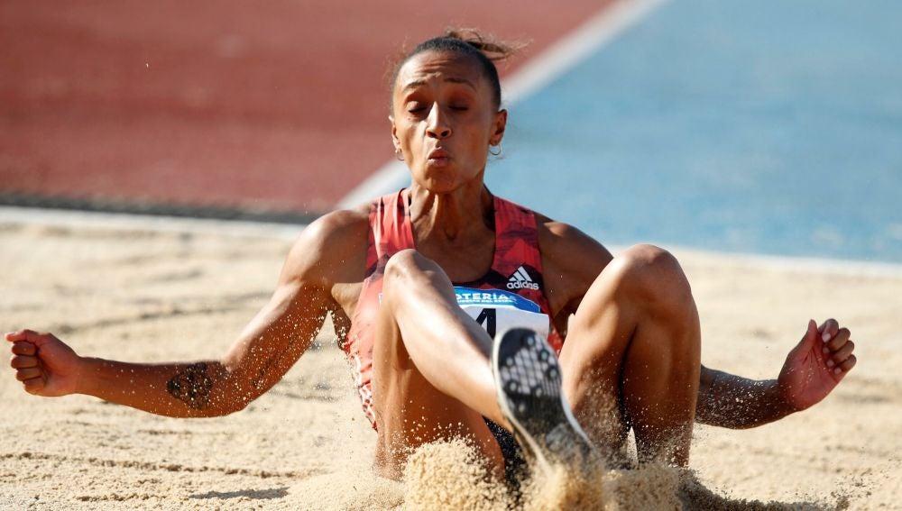 Ana Peleteiro, en la prueba de triple salto