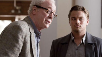 Michael Caine y Leonardo DiCaprio en 'Origen'